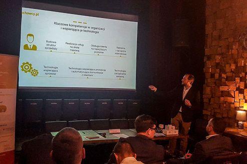 Zarząd Fachowcy.pl Ventures rozpoczął działania, które pozwolą na przeniesienie firmy w 2017 roku z NewConnect na główny rynek Giełdy Papierów Wartościowych w Warszawie. Firma, oferująca rozwiązania wspierające pozyskiwanie klientów z Internetu, spełnia warunek przejścia na GPW dotyczący wymaganej kapitalizacji i jest wyceniana na około 100 mln zł. #Fachowcy
