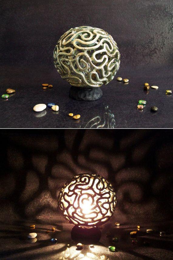 Ceramic lamp raku bedside lamp table lamp brain Coral.  Guarda questo articolo nel mio negozio Etsy https://www.etsy.com/it/listing/208281684/lampada-abat-jour-in-ceramica-raku-in