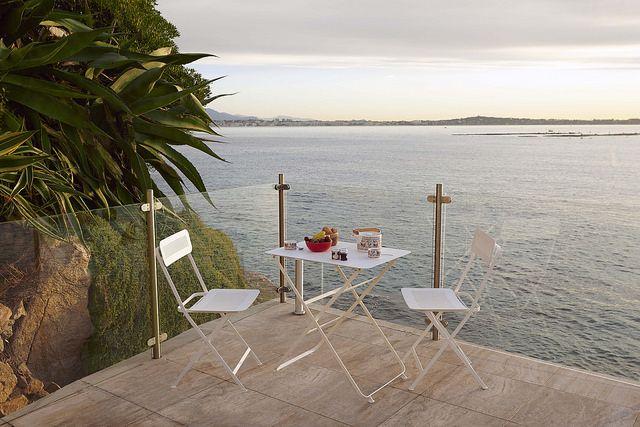 Table pliante en métal blanche | Habitat | Garden Party ...