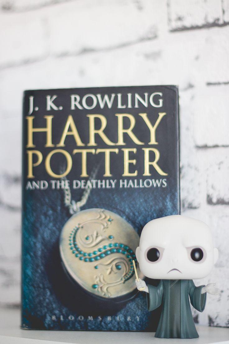 Funko Pop do Lord Voldemort da série Harry Potter. Post sobre com detalhes e fotos no blog Serendipity: http://melinasouza.com/2015/08/24/funko-pop-harry-potter-hermione-ron-snape-e-valdemort/