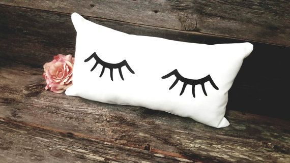 Eyelash Pillow | Eyelash Decor | Lash Lover Gift | Teen Girl Gift | Cute Pillows | Makeup Lover | Beauty Room | Eyelashes