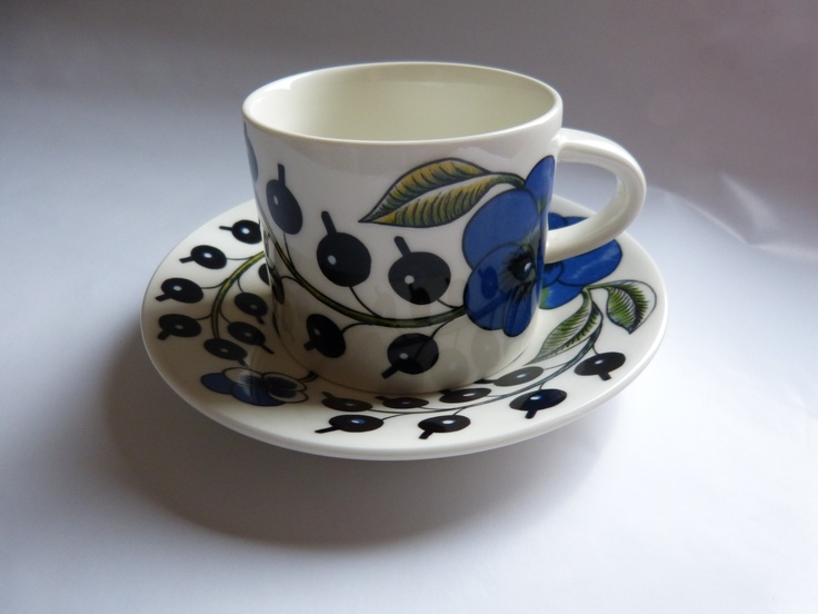 Paratiisi cup & saucer, original, by Arabia Finland