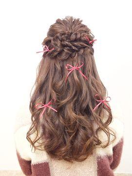 結婚式の髪型 ヘアアレンジ リボンハーフアップ