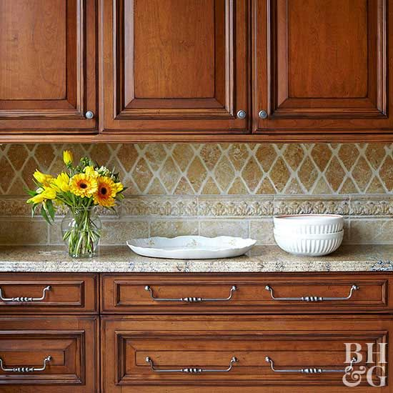Rustic Kitchen Backsplash: 25+ Best Ideas About Rustic Cherry Cabinets On Pinterest