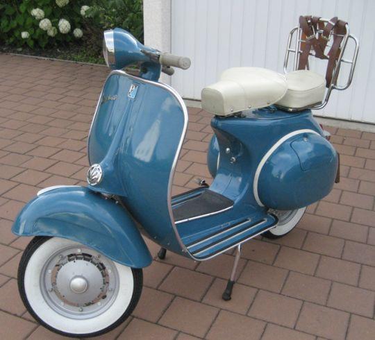 Vespa Farben RAL 5025 Perlenzian Blau