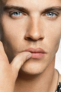 Jonathan Rhys Meyers- the eyes of a Sexy Serial Killer.
