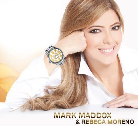 Atrévete a lucir un reloj diferente como el que hoy nos muestra Rebeca Moreno.