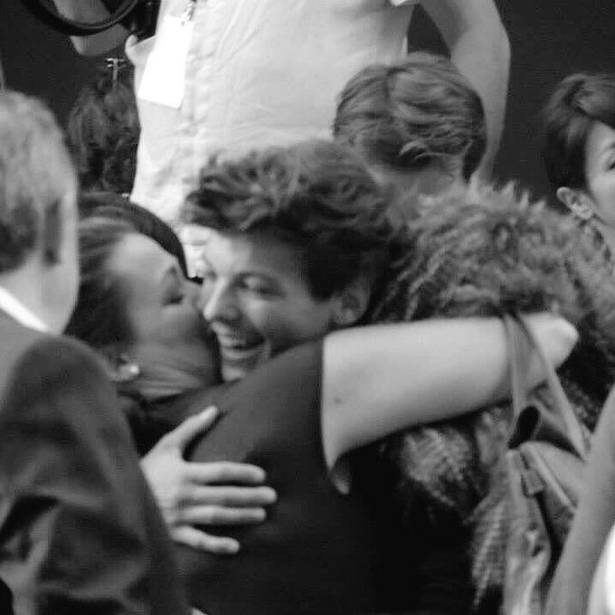 A mum proud of her son and a son proud of his mum. Perfect. #RipJohannah #StayStrongLou