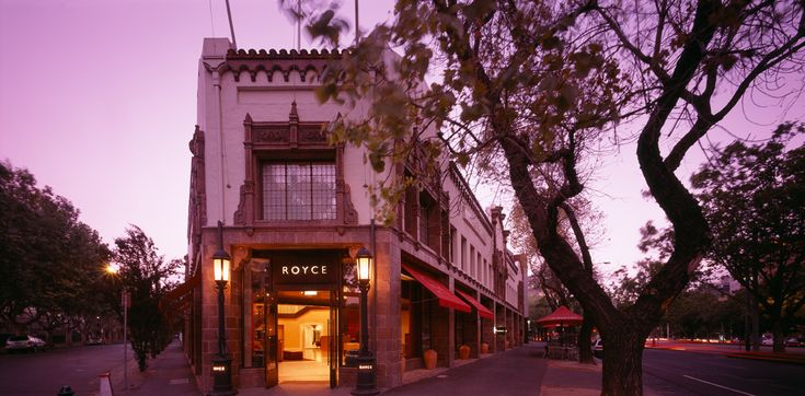 We welcome you to the Royce Hotel