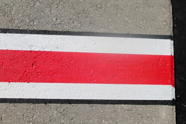 How to paint the Ohio State Buckeye helmet stripe