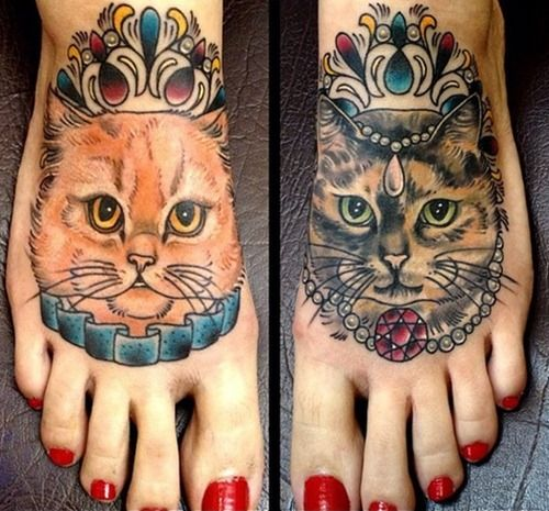 24 Cute Cat Tattoos (10): she loves her cats!!⚓