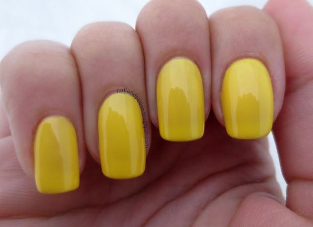 Bio Sculpture Gel Nail Polish in bold yellow! They stay this flawless for weeks.