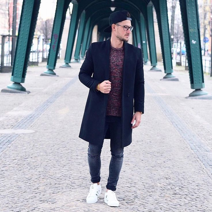 "Polubienia: 2,429, komentarze: 183 – André | 📍Cuba->Venice->LDN->NY (@tommeezjerry) na Instagramie: ""BACK IN BERLIN // Time To Wear My @topman Coat And Chelseaboots @sachashoes  Check Bali-Post…"""