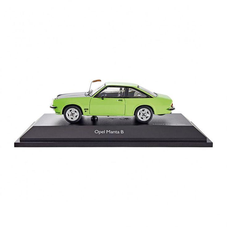 Produkt-Tipp 418: Till Schweiger - Tina Ruland - Fuchsschwanz an der Antenne ... Der Manta ist eine Art Kulturgut - nicht nur der deutschen Autoszene.  Das Modell des Kultobjekts (mit Fuchsschwanz!!!) gibt es hier: https://www.eurotops.de/opel-manta-b-gt-e-29362.html?campaign=SM  #mantamanta #automodell #fuchsschwanz #männersache #instalike #tillschweiger