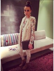 Blogger Noor from the Queen of Jetlags with the Cruise Bag!