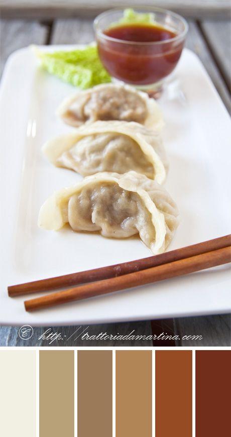 Trattoria da Martina - cucina tradizionale, regionale ed etnica: Viaggiamo in Cina con i ravioli di carne al vapore...