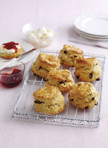 mary berry fruit scones