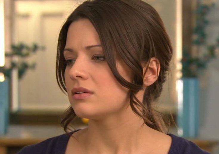 Sophie Austin (Lindsey Butterfield in Hollyoaks)