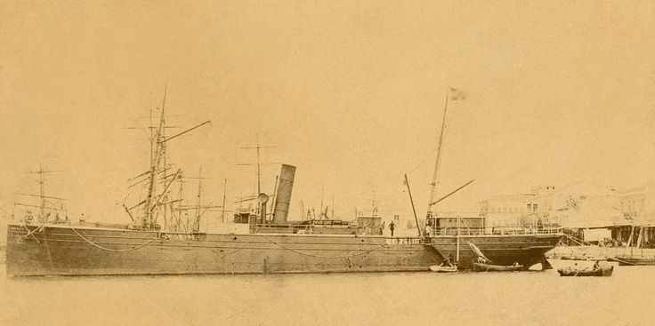 Το πλοίο ARGOLIS, κατασκευής 1879, που αποκτήθηκε το 1882 από την Πανελλήνιο Ατμοπλοΐα. / The 1879-built steamship ARGOLIS, acquired by the Panhellenic Steamship Company in 1882.