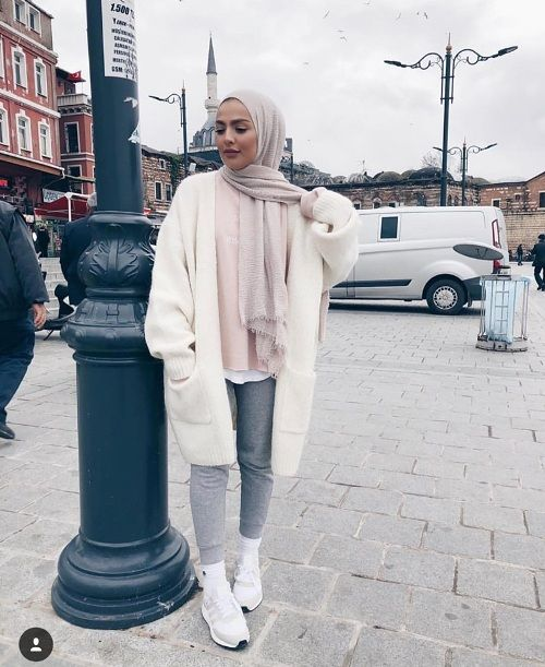 Fashion winter coats and jackets with hijab – Just Trendy Girls