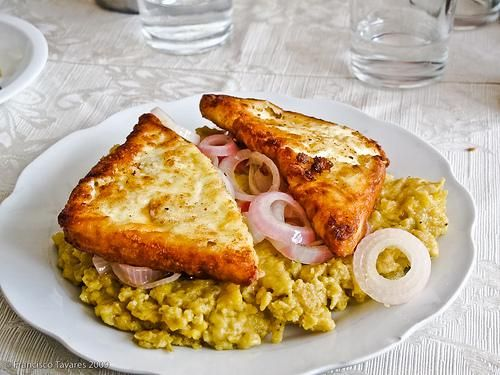 Dominican breakfast.. mangu COMO BUENA DOMINICANA I LOVE MANGU To this dish i would add a fried egg to make it perfect..... A buen tiempo!