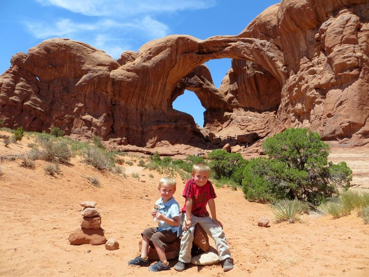A Visit to Arches, Utah and Four Corners USA!