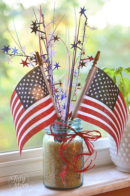 DIY patriotic centerpiece - could spray paint rice or beans to add more pop