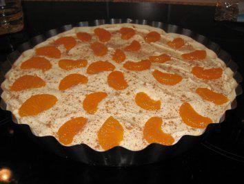 Das perfekte Schnelle Blätterteig-Quark-Tarte-Rezept mit einfacher Schritt-für-Schritt-Anleitung: Blätterteig in einer beschichteten Tarteform…