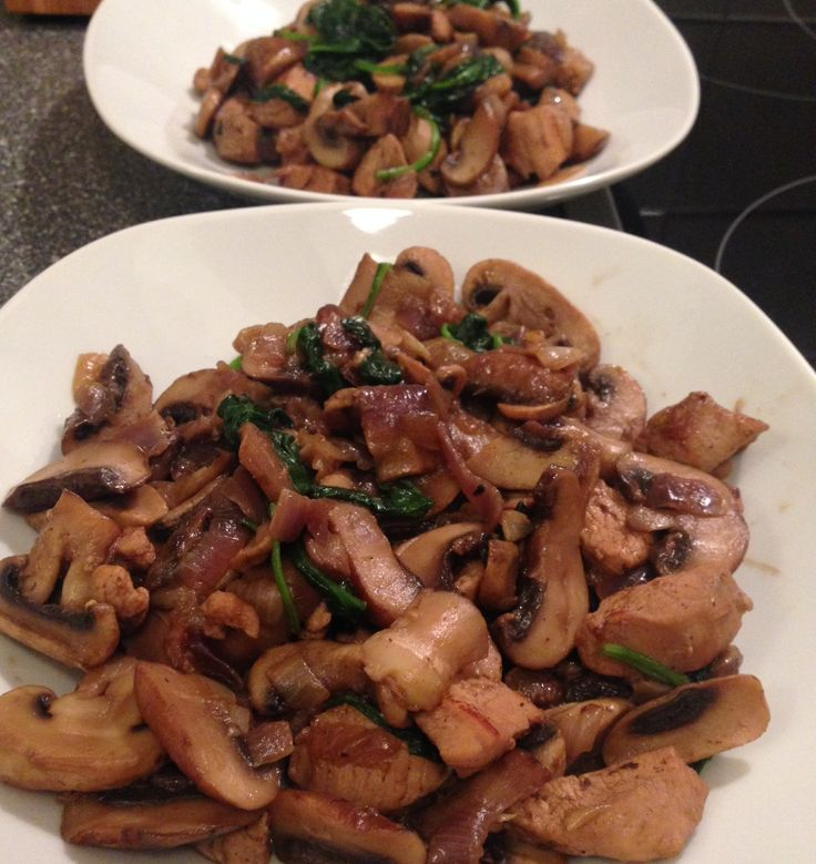 Abendessen: Pilz-Puten-Zwiebel-Pfanne (Stoffwechselkur - strenge Phase)