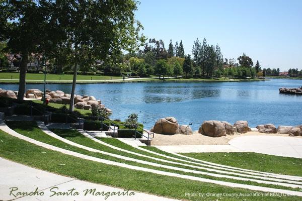 Beautiful Rancho Santa Margarita Lake is perfect for jogging or walking your pets.  http://karenkane.bhhscalifornia.com/