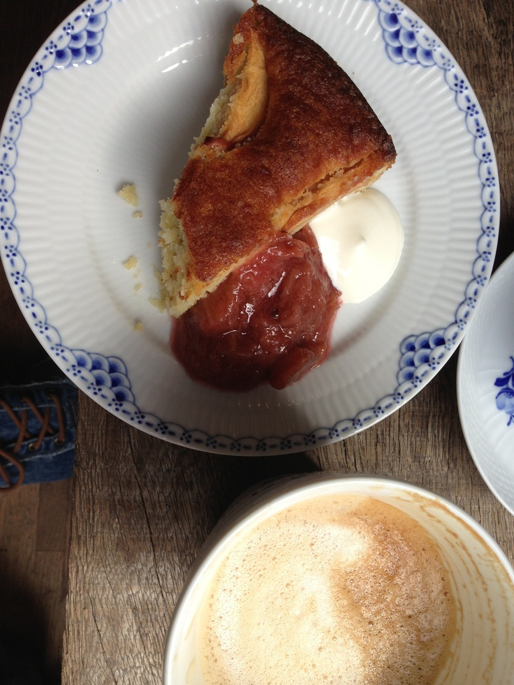 Æblemarzerinkage og latte hos Langhoff og Juhl Århus