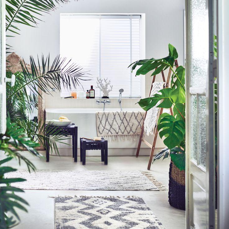 Door de HKliving badmat zal jij elke dag weer een warm welkom krijgen in je badkamer! Het extra zachte katoen voelt namelijk heerlijk warm aan je voeten. Wel zo fijn: hij is aan de onderkant voorzien van een anti-slip laag!