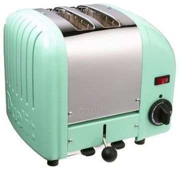 We love the retro design of this toaster.