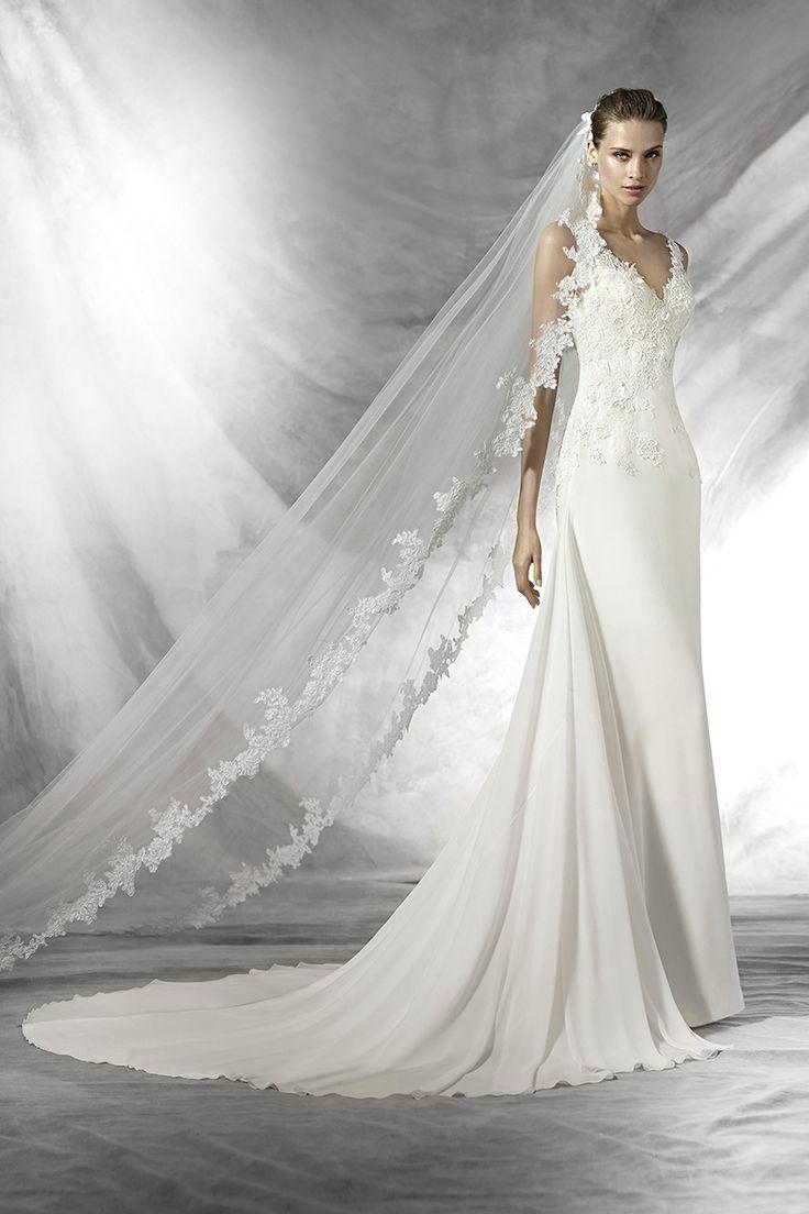 Discover the new Pronovias 2016 Bridal Catalog