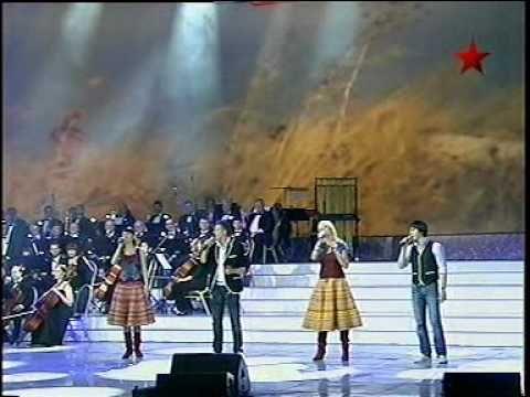 """За тихой рекою"" -группа ""Калина folk"" (МОСКВА) .mpg - YouTube"