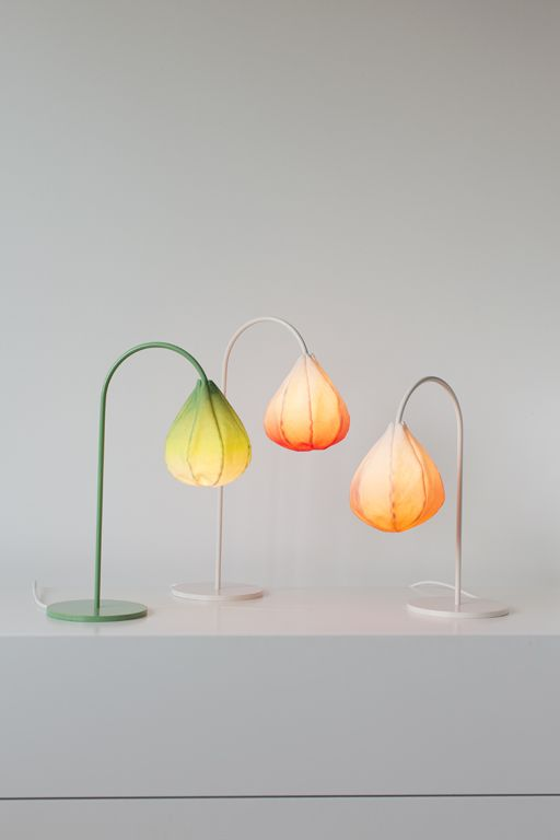 Bloom light.: Lights, Bloom Tables, Table Lamps, Bulbs Lamps, Norwegian Design, Tables Lamps, Products, Girls Rooms, Bloom Lamps