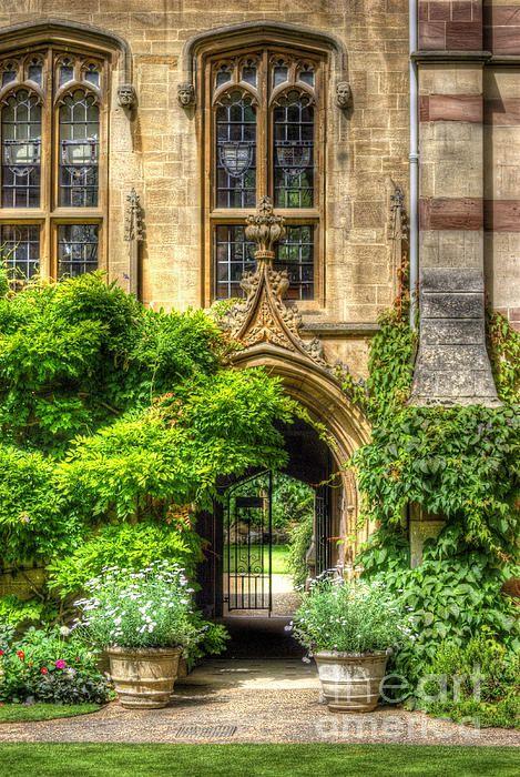 University of Oxford, England -=- Gardens at Wolfson College :: Impressive & Classic, Beautiful Windows :)