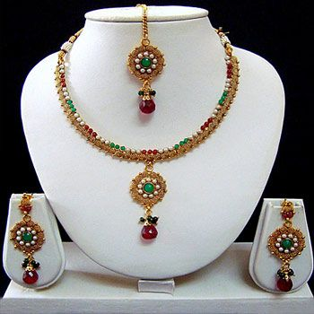 Red and Green Polki Studded Necklace Set