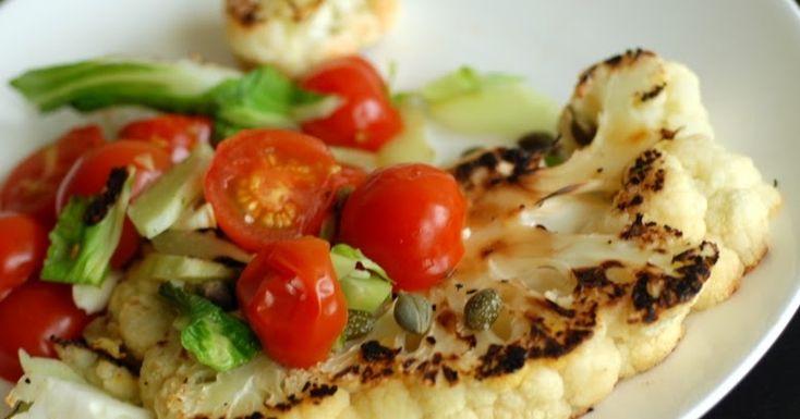 Cantinho Vegetariano: Couve-Flor Grelhada com Tomate-Cereja e Alcaparras (vegana)