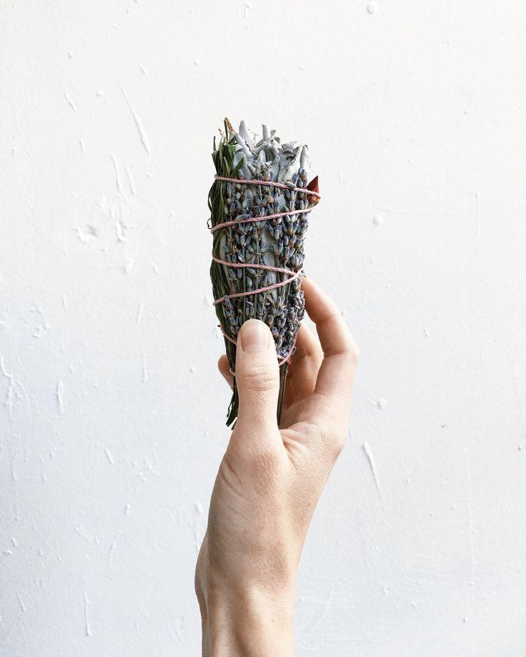 marble & milkweed | amoona smudge stick