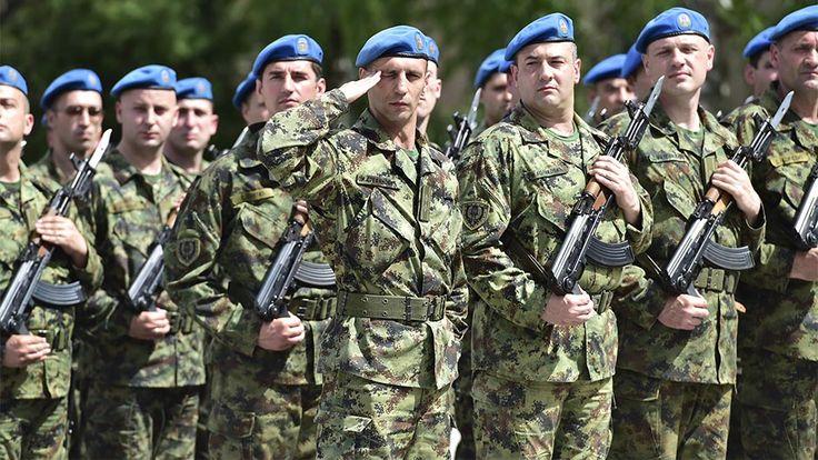 Ima ih debelih – neka mršave u štrajku kad nemaju muda.  #vojska bez časti #fukara na vlasti