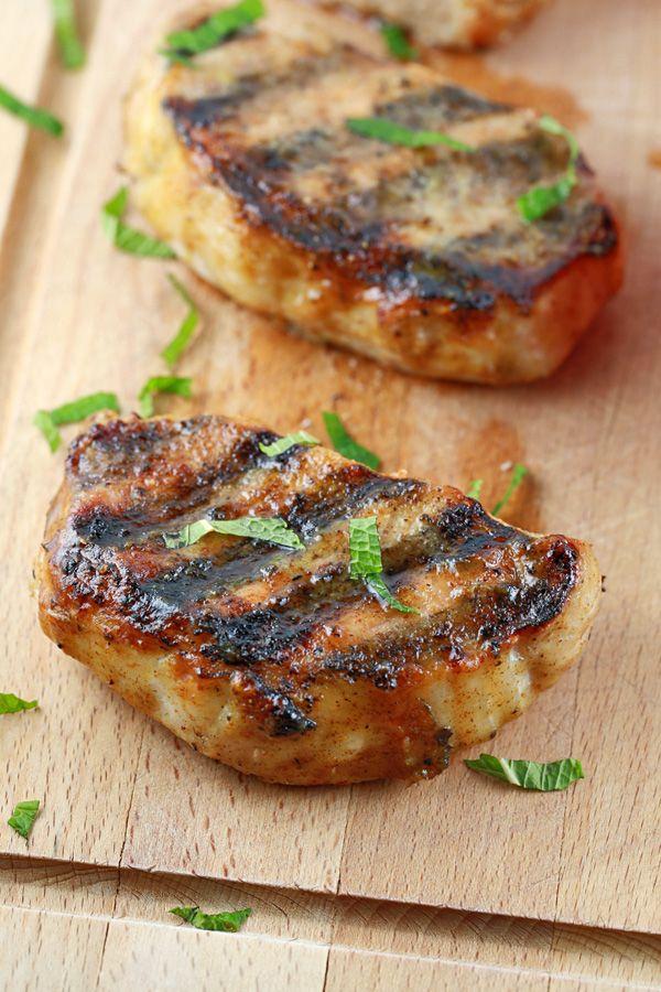 honey pork chop with grill marks | jessicagavin.com