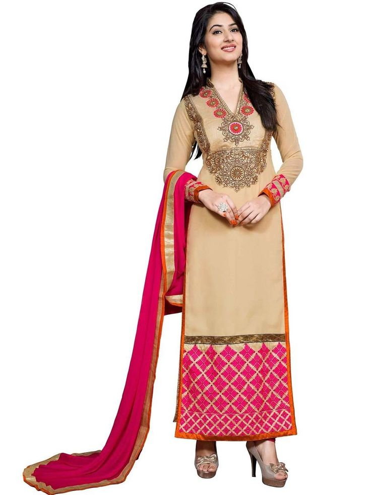 Have a gorgeous look in this highly elegant Salwar Kameez. Item Code: SLRBI6102