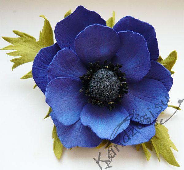 Готовый цветок анемоны