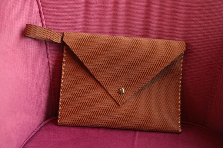Handmade embossed leather purse by fanfanleathergoods!