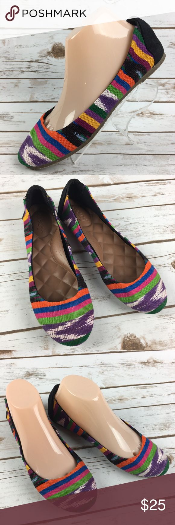Reef Rainbow Striped Ballet Flats Shoes Size 8 EUC These shoes are in very good, lightly worn condition. Minor scuffs, scratches and marks from wear. Please see pics for more details (: Reef Shoes Flats & Loafers