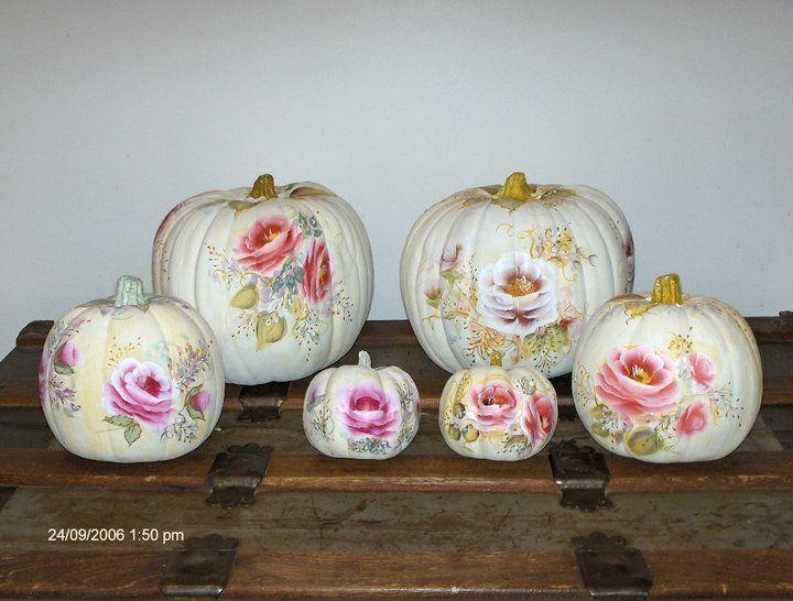 #pumpkin #fallcraftideas #paintedpumpkin