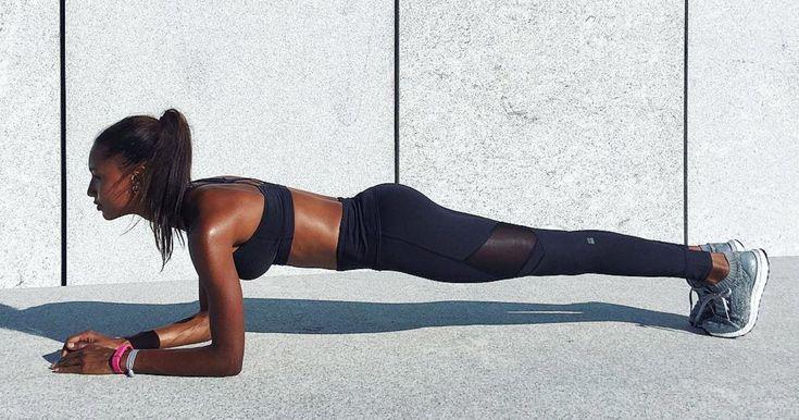 Du machst regelmäßig Planks, fragst dich aber jedes Mal, wie lange du dabei durchhalten musst? Die gute Nachricht: Mit der richtigen Technik, gar nicht lange!