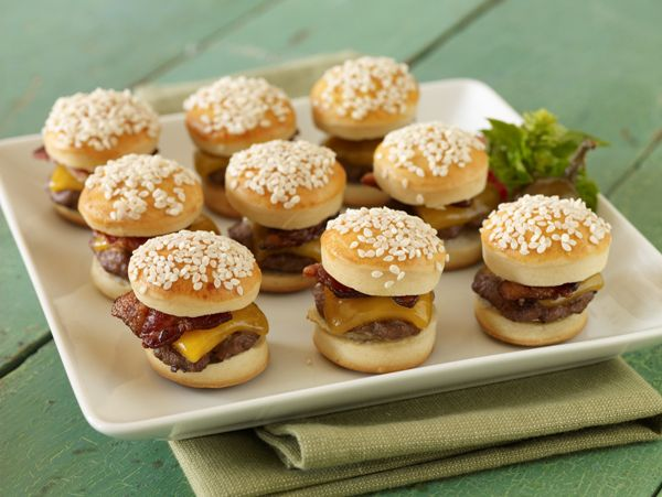 we could fully do some mini burgers how cute are these