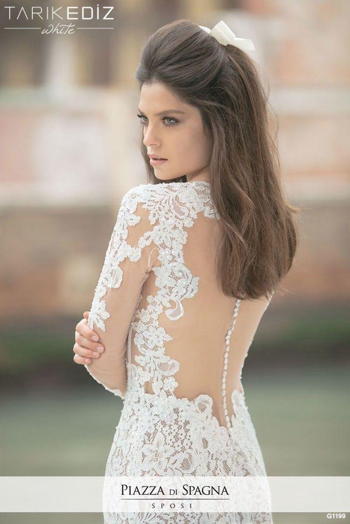 Lo stilista #TarikEdiz esprime tutto il suo raffinato talento in abiti da #sposa incantevoli. Guardali tutti su http://www.piazzadispagnasposi.it/collezioni/sposa/tarik-ediz/